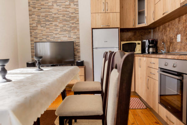 Villa_Samodiva_Kitchen_Dining_Place_3