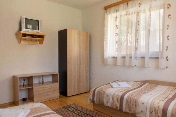 Villa_Samodiva_Room_For_Two_Mountain_View_3